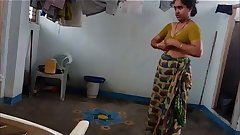 Aunty Sunita 4 Free Indian HD Porn Video - Mobile